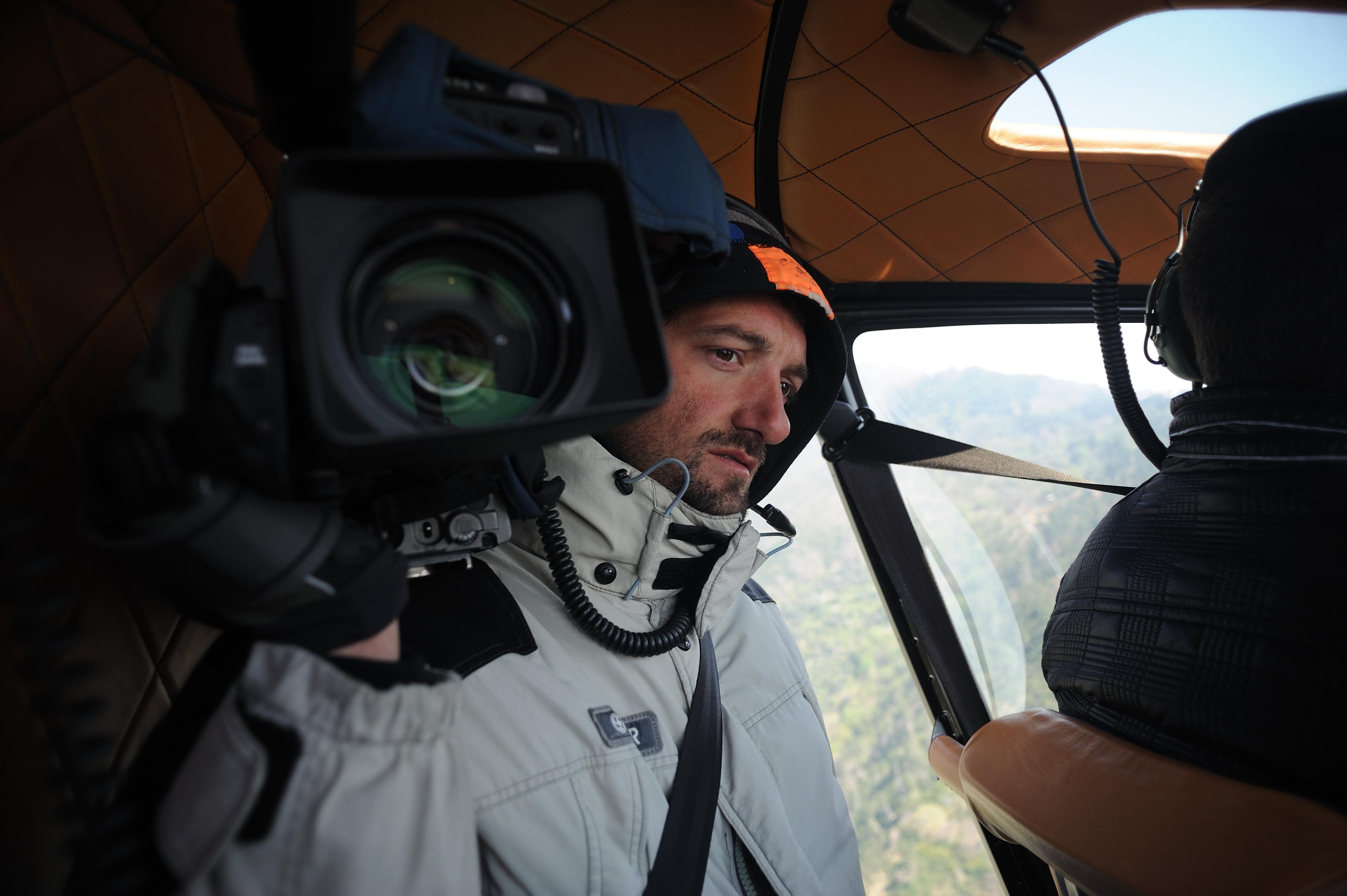 Alberto giovane su elicottero con Bof (1) (1)